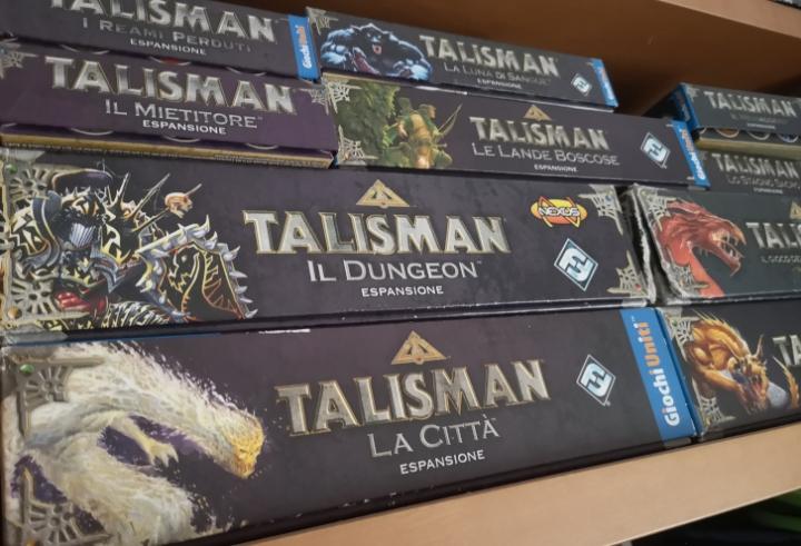 Le scatole da gioco di Talisman