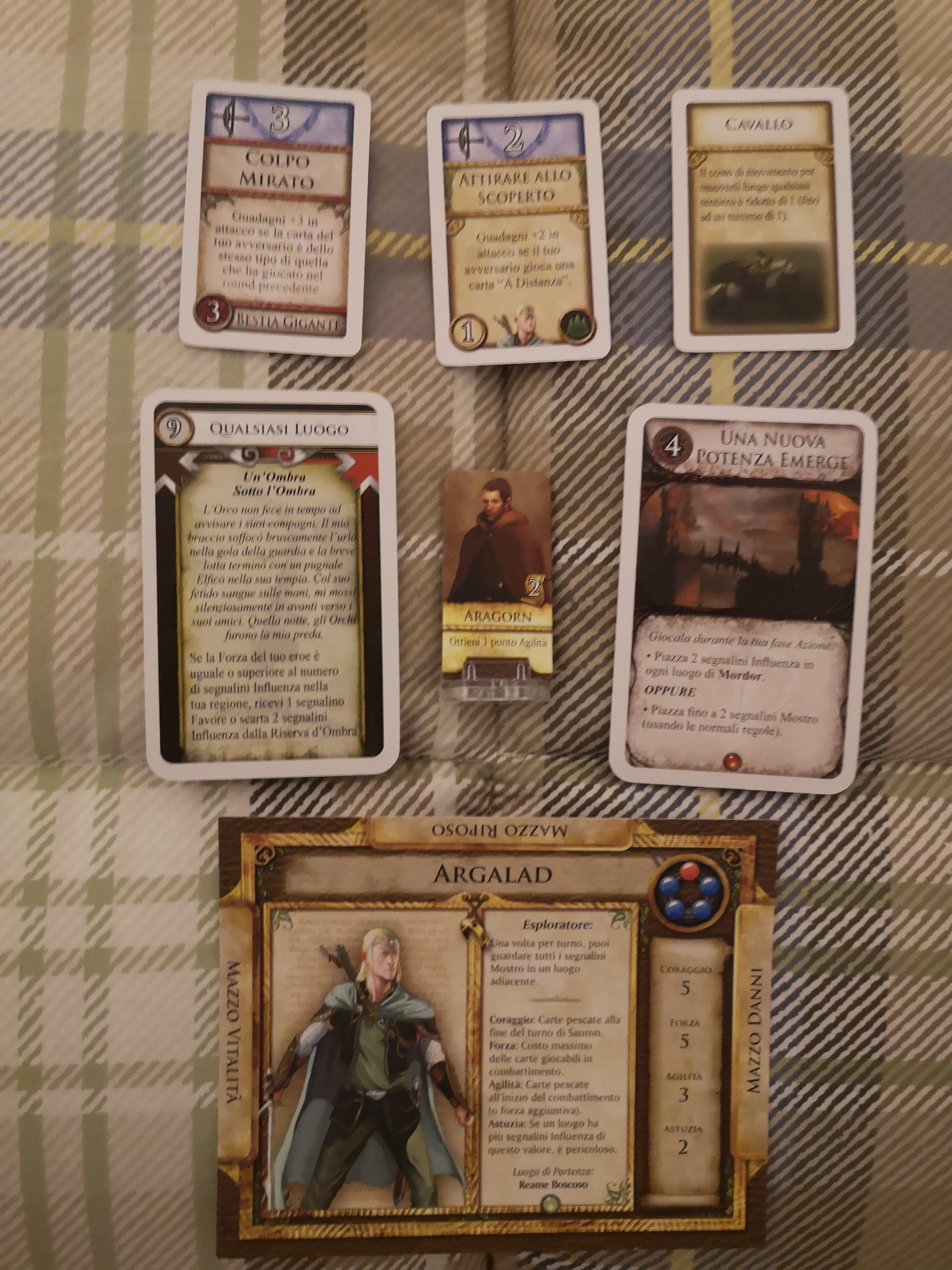 Componenti del gioco da tavolo Il Signore degli Anelli Le Avventure nella Terra di Mezzo