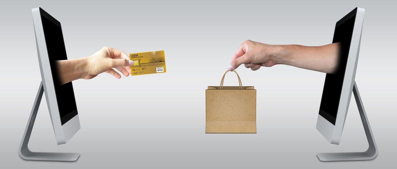 e-commerce vs negozio fisico