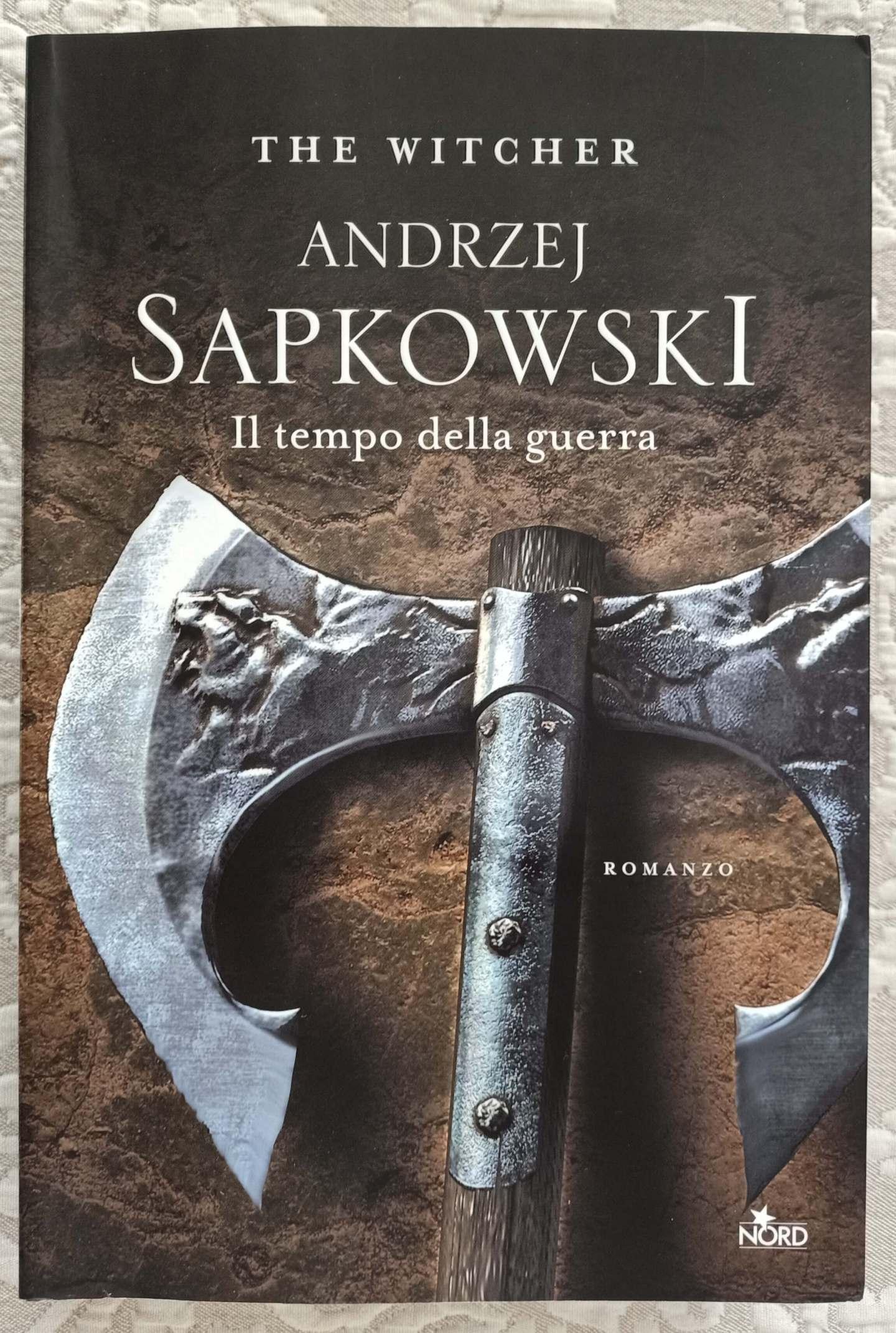 the witcher - il tempo della guerra - libro